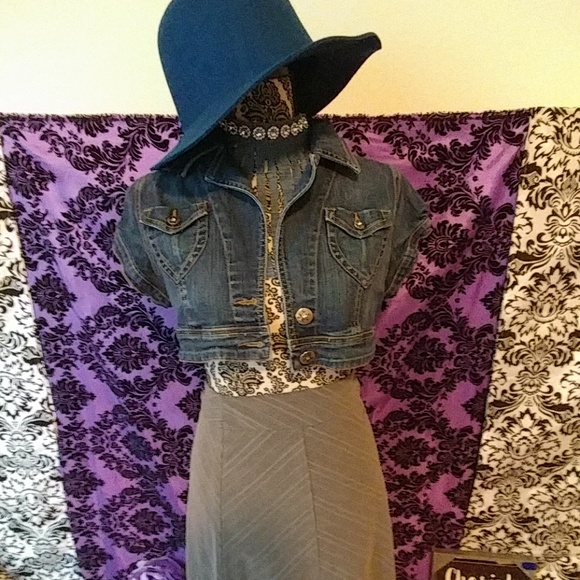 goodtime Jackets & Blazers - Shrug jean jacket size L